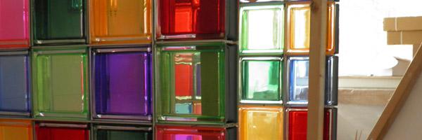 glasblokken badkamer kleur